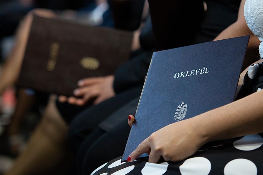 Nyelvvizsga nélküli diploma átvételéhez tartozó eljárásrend